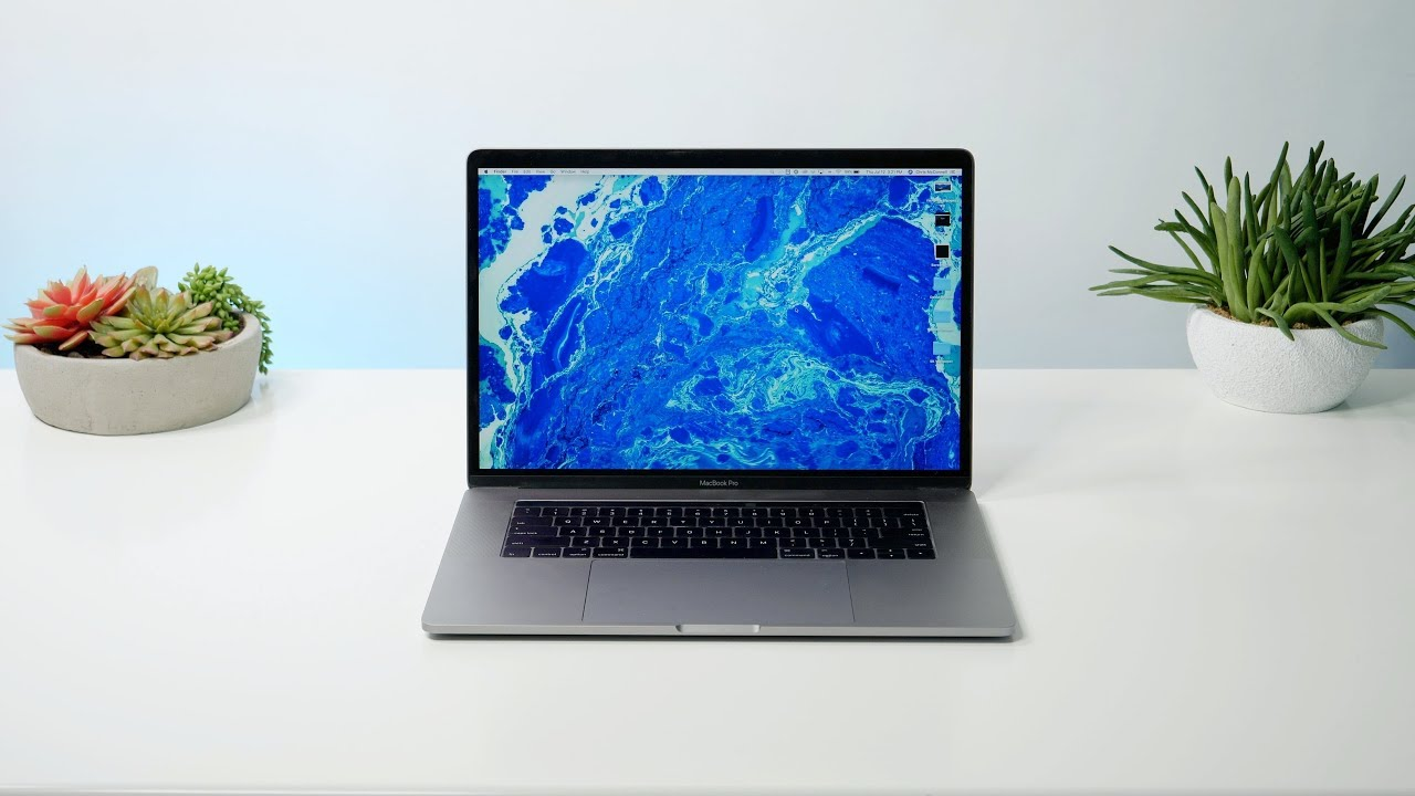 Apple's New 2018 6-Core MacBook Pros With TrueTone: My Thoughts