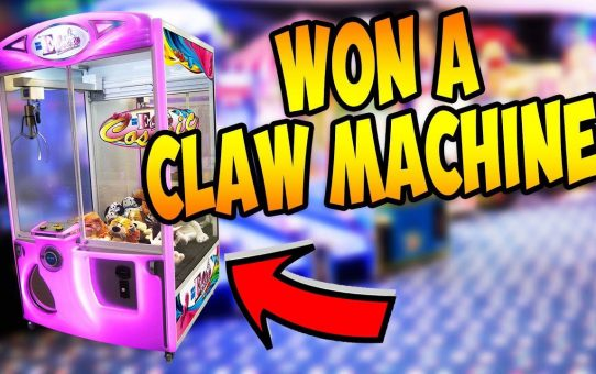 WINNING A CLAW MACHINE FROM THE ARCADE!?!